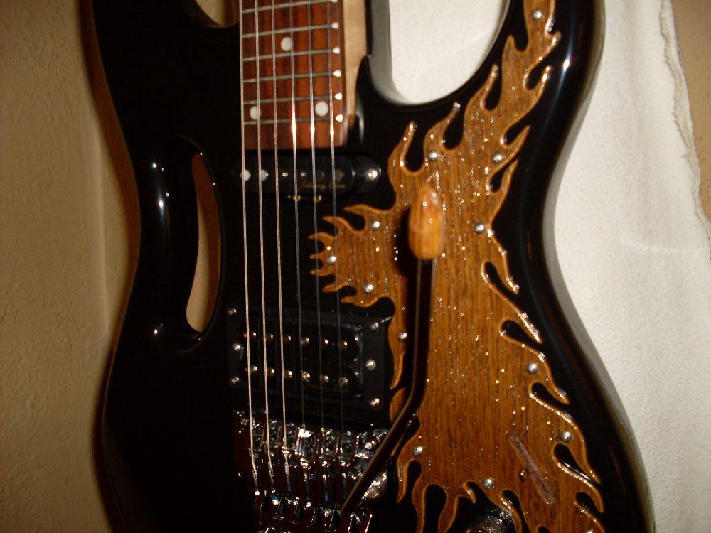 Kustom Ibenez guitar 010